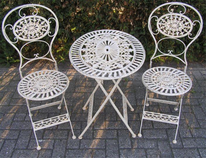 Gartenmobel Akazie Pflege : Jugendstil Gartenmöbel Set Altweiss  1 Tisch, 2 Stühle  Eisen